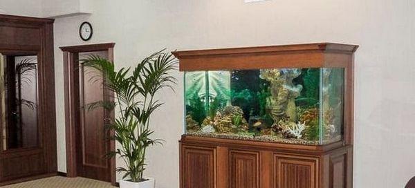 Вибираємо або робимо тумбу для акваріума своїми руками